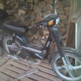 Moped Puck Pitre