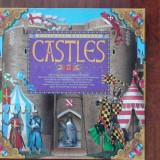 Carte copii CASTLES pop-up si figurine