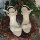 Sandale deosebit de elegante, unicat, din piele REDUCERE
