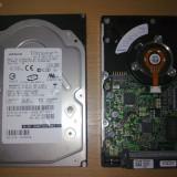 2 HDD SCSI HITACHI Ultrastar 36 Gb 15000 rot