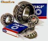 Rulmenti  SKF LM 67048/010/Q  + LM 11910/Q utilaje tractoare combine John Deere