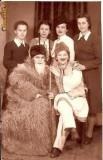 U FOTO 14 Amintire din ziua de 22 Decembrie 19.. impreuna cu colegele mele. Lilica Socol, Cl VIII-a -parafa Foto Arte Regala 11 Braila