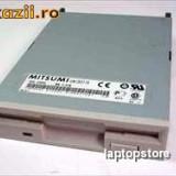 Floppy Drive  1.44 MB, 3.5 diverse modele si producatori.