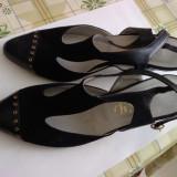 Sandale NOI Originale Piele Italia Alb si Negru - Sandale dama, Marime: 35