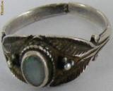 Inel vechi din argint cu piatra (3) - de colectie