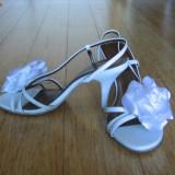 Sandale culoare alb - ocazii / mireasa