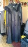 Vand haina de piele lunga purtata 1 data, Negru