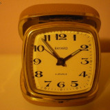 SUPERB CEAS DE VOIAJ SAU BIROU ''BAYARD'' - Ceas de masa