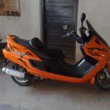 Vand yamaha majesty - Motociclete