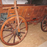 Car rustic lemn