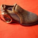 Bricheta Pantof, 7, 5x3, 5 cm - Bricheta Zippo
