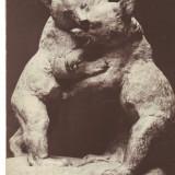 Carte postala Ilustrata sculptura - Pui de Urs jucandu-se, autor Victor Peter