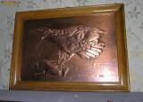 Vand tablou de cupru batut vechi cu initialele autorului