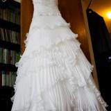 Rochie de mireasa San Patrick, model Egara, culoarea Off White - Rochie de mireasa printesa