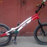 VAND URGENT bicicleta trial - Bicicleta BMX