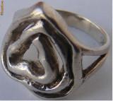 Inel vechi din argint in forma de inima - de colectie