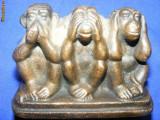 STATUIETA,MAIMUTE INTELIGENTE ,3 MAIMUTE ALAMA/BRONZ,,veche,DE COLECTIE,OMERTA,cele 3 maimute ,ce nu vad,nu aud ,nu vorbesc!!