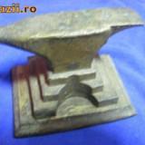 NICOVALA ALAMA/BRONZ, veche, DE COLECTIE - Metal/Fonta
