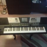 Orga Roland VA7