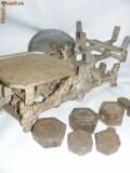 CANTAR ANTIC AUTENTIC, 8 greutati,MARCA JAWA-tas alama argintat,de COLECTIE