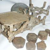 CANTAR ANTIC AUTENTIC, 8 greutati, MARCA JAWA-tas alama argintat, de COLECTIE - Cantar/Balanta