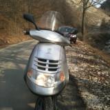 Vand Piaggio Hexagon LX4 - Motociclete