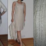 Rochie de seara superba cu un model deosebit