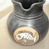 Vas din ceramica decorat manual