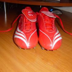 Crampoane adidas - Adidasi barbati, 35 1/3, Greige