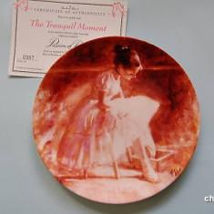 Farfurie decorativa Wedgwood Passion of Dance - Tranquil Moment - Portelan, Farfurii