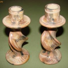 Doua sfesnice deosebite din caolin - Sculptura