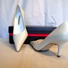 Pantofi piele, albi, Buffalo(781-62 WHITE) REDUCERE EXCEPTIONALA DE PRET - Pantof dama Buffalo, Marime: 38, 39, 40, 41