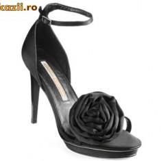 Superbe ! Sandale negre saten Buffalo (9900-380 SATIM BLACK) REDUCERE EXCEPTIONALA DE PRET - Sandale dama Buffalo, Culoare: Negru, Marime: 36, 39, 40, 41, Negru