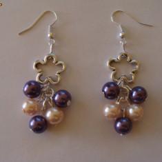 Cercei perle de sticla cu zale argint tibetan - Cercei perla
