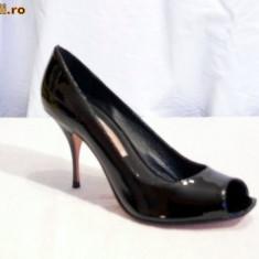 Pantofi de gala, de piele (lac)pentru femei, decupati (8415-370 ) BUFFALO - Pantof dama Buffalo, Culoare: Negru, Marime: 38, 39, 40, Piele naturala