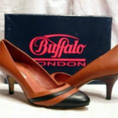 Pantofi piele maro cu negru (107-12929 DARK) - Pantof dama Buffalo, Marime: 37, 39, Piele naturala, Cu toc