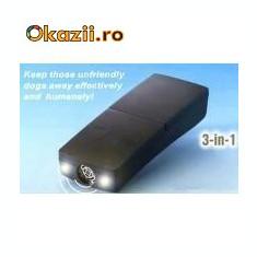 Aparat ultrasunete si flashuri impotriva cainilor maidanezi portabil