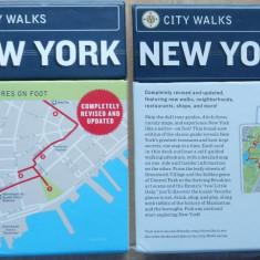 Etui special cu hartile turistice ale New-Yorkului, pe carton, editie de buzunar pentru turisti, 2010