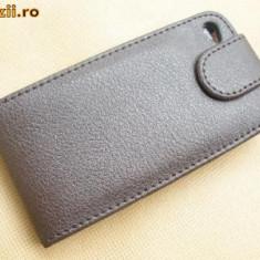 Toc din piele maro iphone 4 prindere curea + folie fata spate cadou - Husa Telefon Apple, iPhone 4/4S