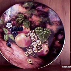"Farfurie decorativa Royal Albert "" AUTUMN FRUITS "", Farfurii"