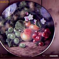 "Farfurie decorativa Royal Albert  "" SPRING FRUITS """