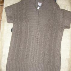 SUPER PRET ! Pulover lung tricotat gros S ' Oliver nou ,superb  marime M/L !