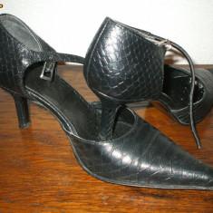 sandale nr.37 piele