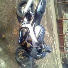 Kawasaki zx6r - Motocicleta Kawasaki