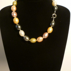 Colier perle de cultura akoya mari colorate si ovale 2 cm