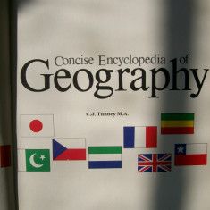 CONCISE ENCYCLOPEDIA OF GEOGRAPHY C.J.TUNNEY