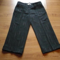 Pantaloni 3/4 din stofa lana gri, cu dunga, romanesti, MIKI, NOI - Pantaloni dama, Trei-sferturi, Camel