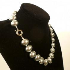 Colier perle de cultura Mallorca ovale metalizat 2 cm