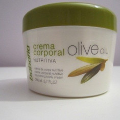 Crema de Corp nutritiva cu ulei de masline - Crema vergeturi