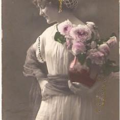 T FOTO 34 Romantica -Tanara simpatica -circ. 1913 -lui Ion Nedelcu, Plotoner Ploton I granicer la Chiosapta?, trimisa de la Turtucaia(Cadrilater)